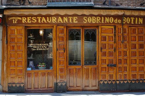 Casa bot n a large portion of tradition quentin sadler for Casa botin madrid