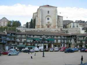 The lovely Plaza Mayor in Chinchón - one of the great wine towns of the Madrid region