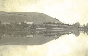 The famous photograph of the Clos des Goisses vineyard reflected in the Canal de la Marne au Rhin
