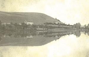 The famous photograph of the Clos des Goisses vineyard reflected in the Canal de la Marne au Rhin
