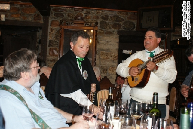 An ordinary night out in Bierzo