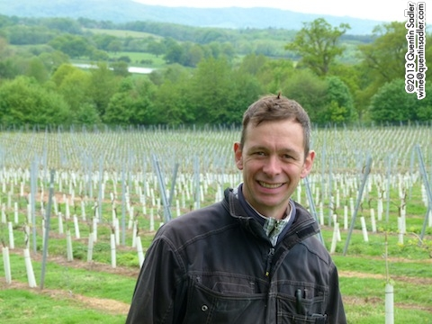 Simon Woodhead - a great winemaker and seemingly happy man.