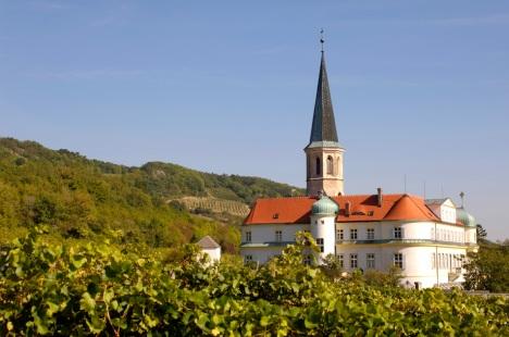 The beautiful Church in Gumpoldskirchen with Johanneshof Reinisch vineyards all around.