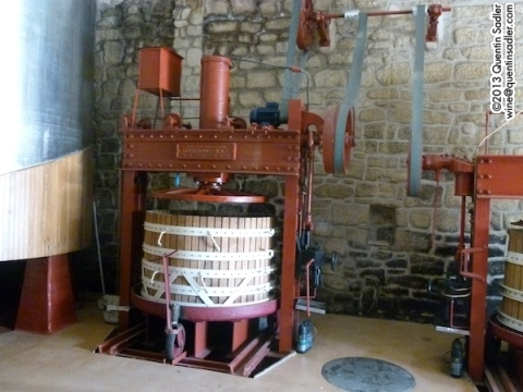Much more hygenic evolution of the press by late 19th century - this one at CVNE can still be used.