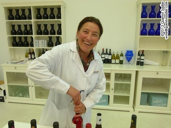 Concha Vecino winemaker at Nekeas.