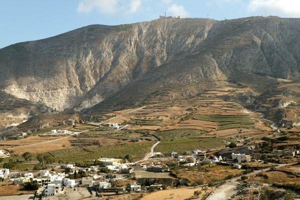 Episkopi, Santorini - photo from Athenee Importers.