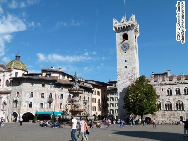 Piazza Duomo, Trento