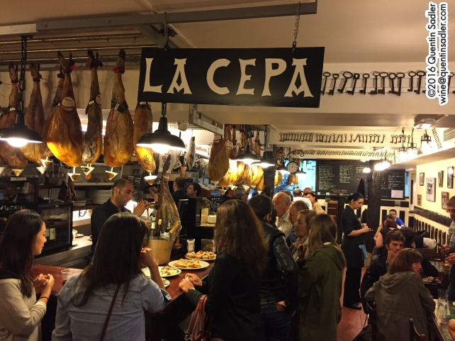 La Cepa, perhaps the classic pinxo bar in San Sebastian.